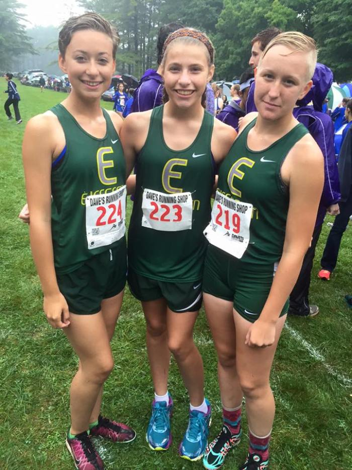 Leah, Alexis and Grace at the starting line