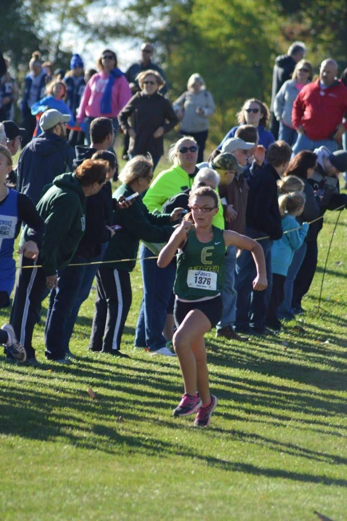 2016-hudson-jolie-finish