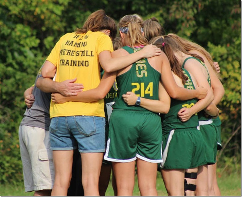 2016 Defiance HS girls huddle 2