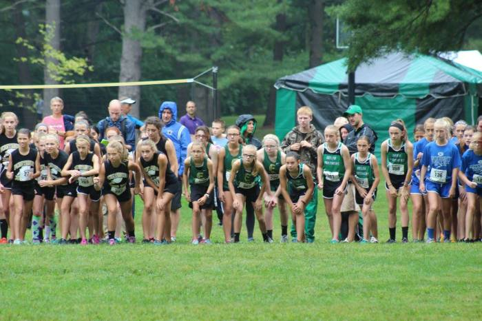 2016 Fayette girls start